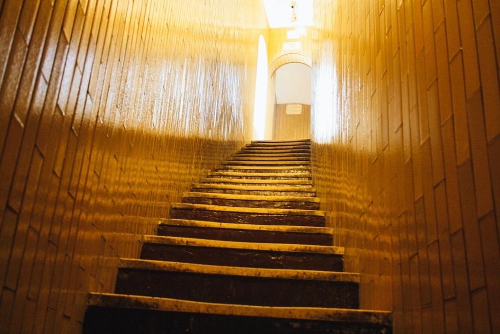 Escalier à monter pour aller à la coupole de la Basilique Saint Pierre