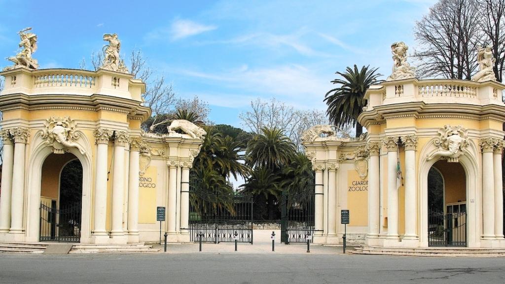 Entrée du parc zoologique Bioparco di Roma à Rome