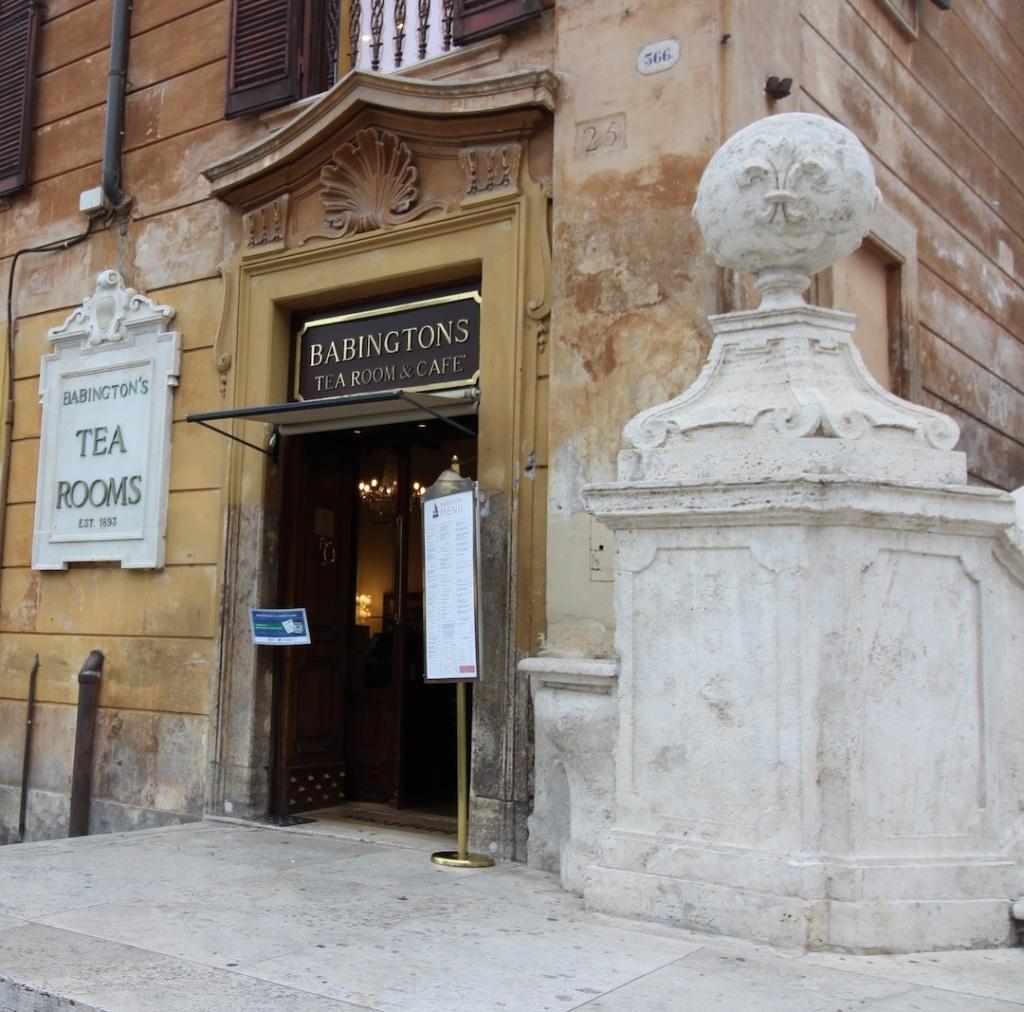 Devanture du Babington's Tea Shop à Rome