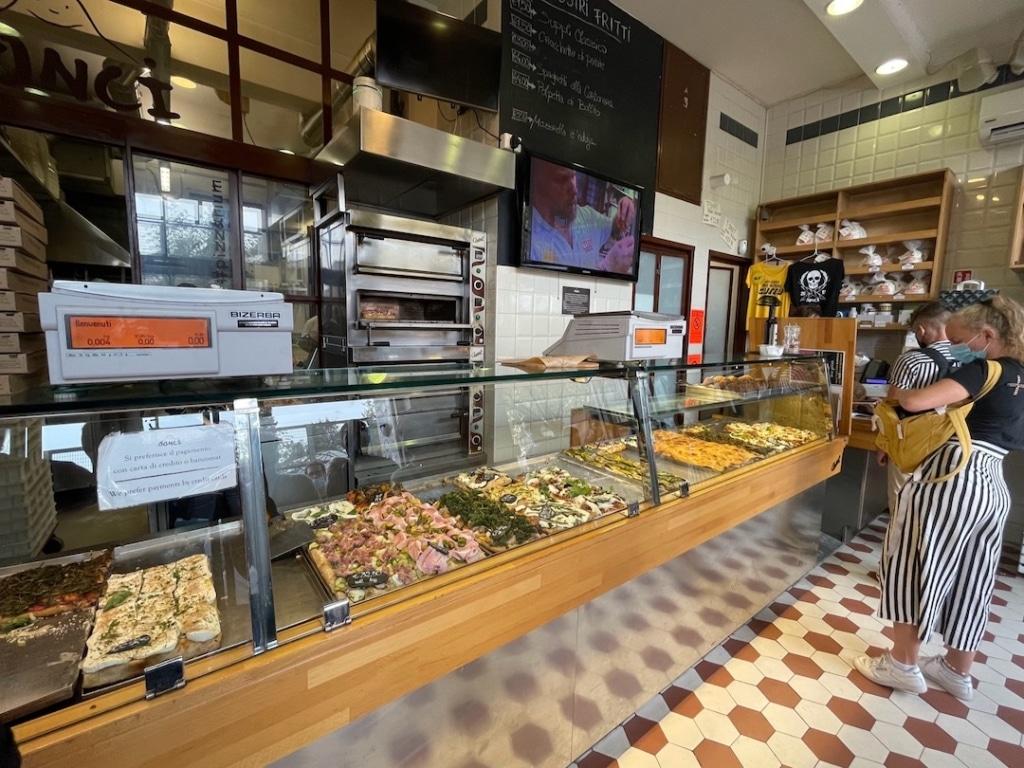 Intérieur de Pizzarium Bonci à Rome